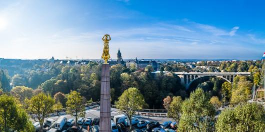 lcto pano spuerkees place de la constitution adolphe bridge golden lady inet marc lazzarini standart 41 of 171