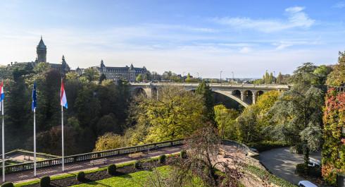 lcto place de la constitution spuerkees adolphe bridge print marc lazzarini standart 54 of 171